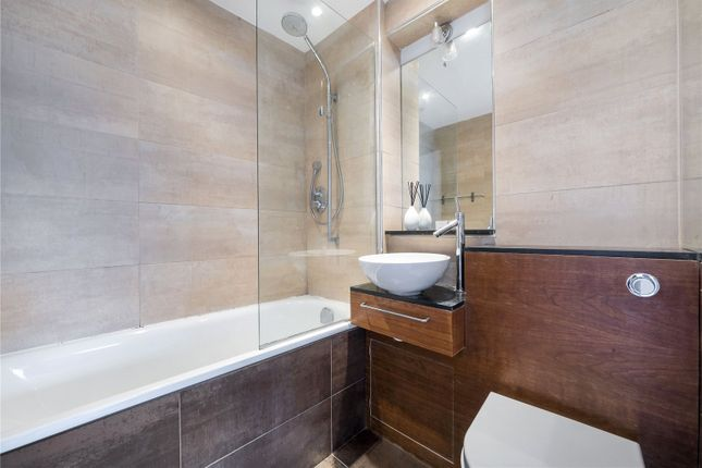 Bathroom of The Poplars, Montpelier Grove, London NW5