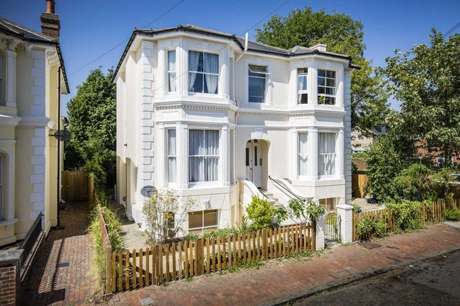 Thumbnail Flat for sale in Garlinge Road, Southborough, Tunbridge Wells