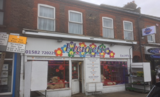 Thumbnail Retail premises for sale in 337 Hitchin Road, Luton