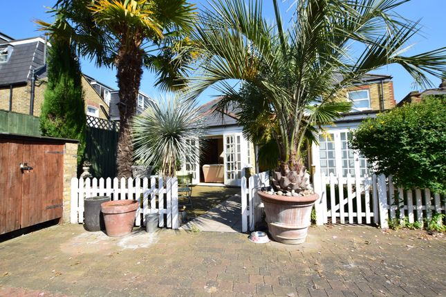 Thumbnail Bungalow for sale in Balvernie Grove, Wandsworth