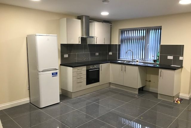 Thumbnail Terraced house to rent in Pembroke Place, Isleworth