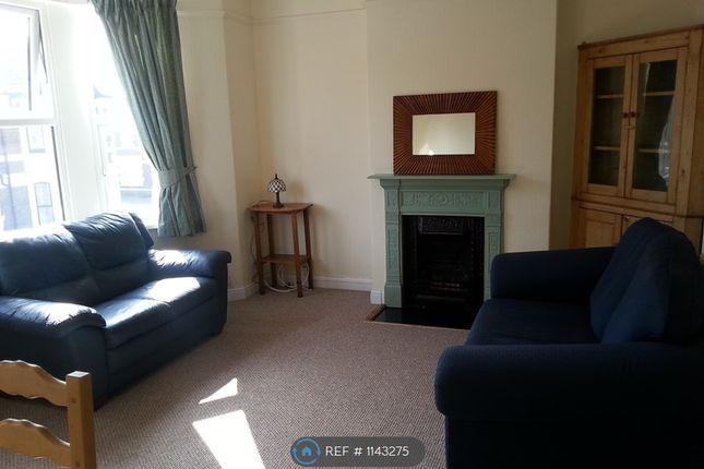 2 bed flat to rent in Carlisle Street, Cardiff CF24