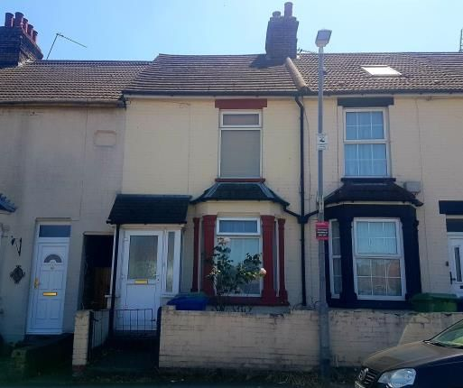 Thumbnail Terraced house for sale in Tonge Road, Sittingbourne