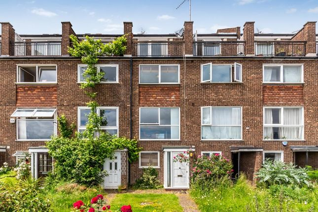 4 bed terraced house to rent in Capstan Square, London E14