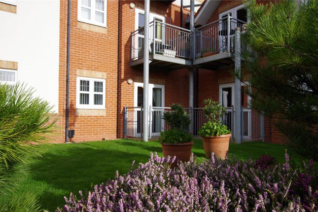Thumbnail Flat for sale in Birch Tree Drive, Hedon, Hull
