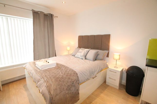 Studio to rent in Bold Street, City Centre
