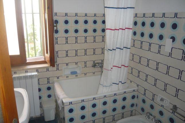 Bathroom of Casa Ruthe, Ceglie Messapica, Puglia, Italy