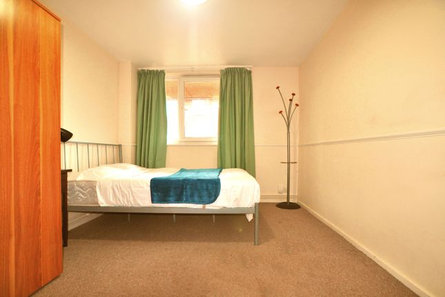 Thumbnail Shared accommodation to rent in Malta Street, Clerkenwell, London