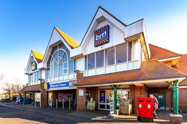 Thumbnail Retail premises to let in Winsover Road, Spalding
