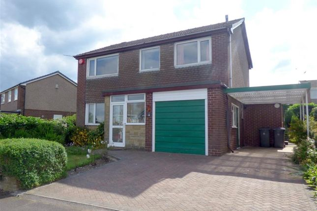 Thumbnail Detached house for sale in Crosland Road, Oakes, Huddersfield
