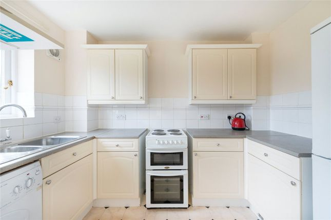 Thumbnail Flat to rent in Macmillan Way, London