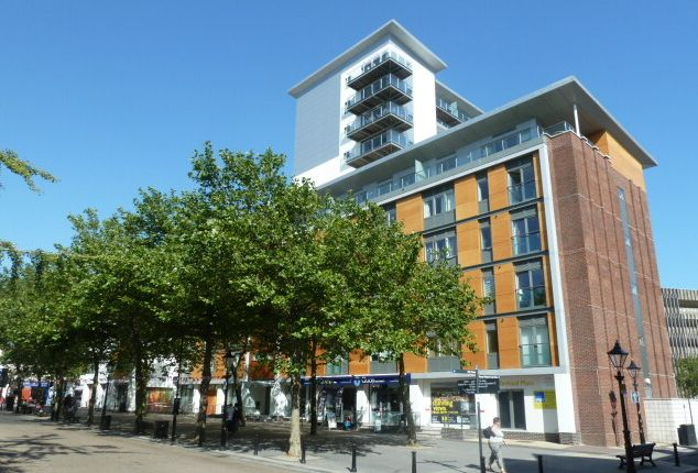 Thumbnail Flat to rent in High Street, Poole