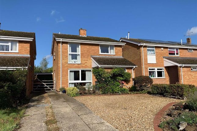 Thumbnail Detached house for sale in Mardle Road, Leighton Buzzard