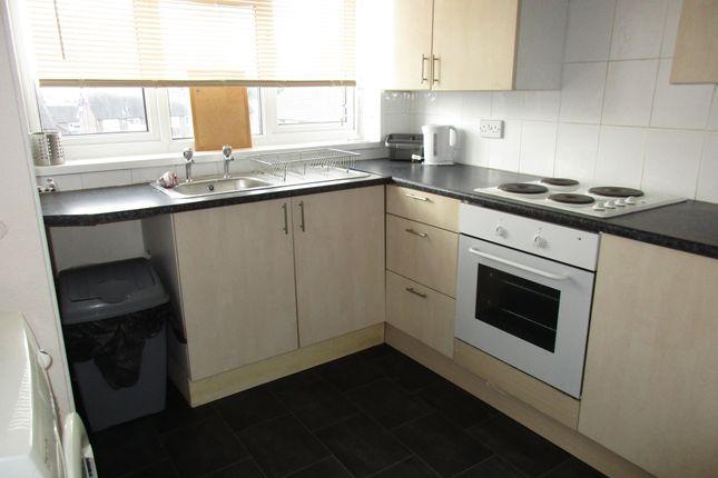 Thumbnail Maisonette to rent in Lockwood Street, Newcastle Under Lyme, Staffordshire