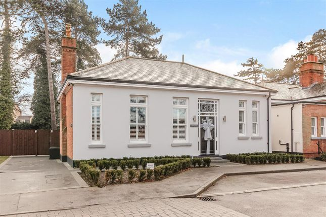 Thumbnail Detached bungalow for sale in Kensington Way, Brentwood