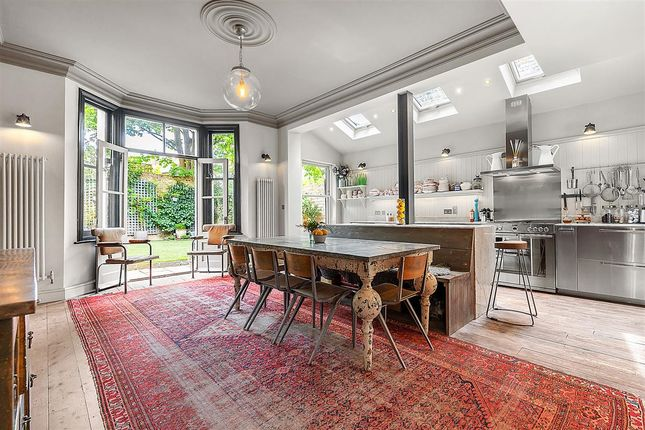 Thumbnail Terraced house to rent in Briarwood Road, London