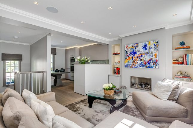 Thumbnail Flat for sale in Brompton Place, London
