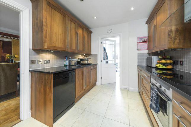 Picture No. 11 of Culverden Terrace, Oatlands Drive, Weybridge, Surrey KT13
