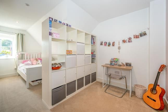 Bedroom of Leatherhead, Surrey, Uk KT22
