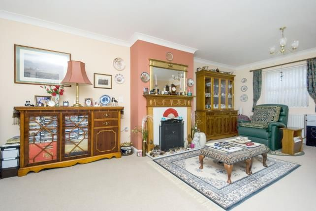 Thumbnail Semi-detached house for sale in Cothey Way, Ryde