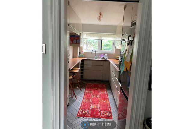 Thumbnail Flat to rent in Kent Avenue, London