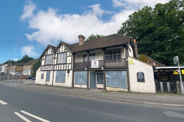 Thumbnail Pub/bar for sale in The Happy Union, 265 Boundary Road, Loudwater, High Wycombe, Buckinghamshire
