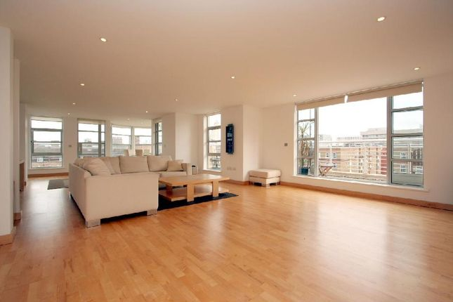 Thumbnail Flat to rent in St. Clements House, 12 Leyden Street, London
