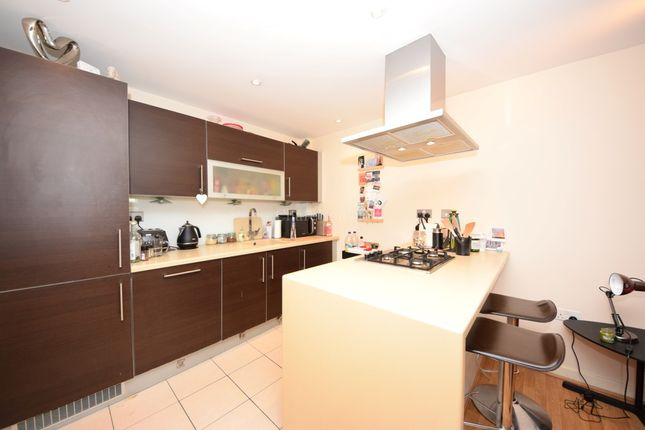 Thumbnail Flat for sale in Jubilee Court, South Woodford