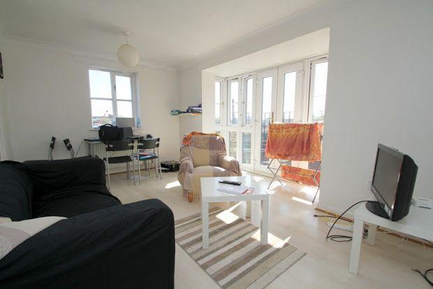Flat to rent in Ireton Street, Bow, 4Xr
