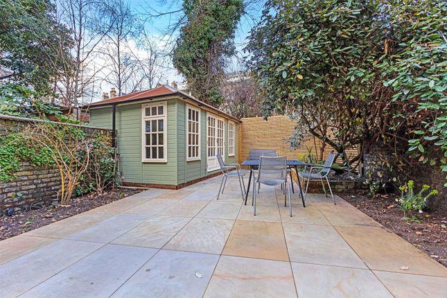 Picture No. 25 of Harcourt Terrace, London SW10