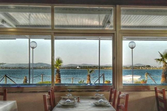 Thumbnail Restaurant/cafe for sale in Praia De Faro (Sé), Faro (Sé E São Pedro), Faro