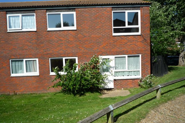 Thumbnail Flat to rent in Kirkstall Close, Eastbourne