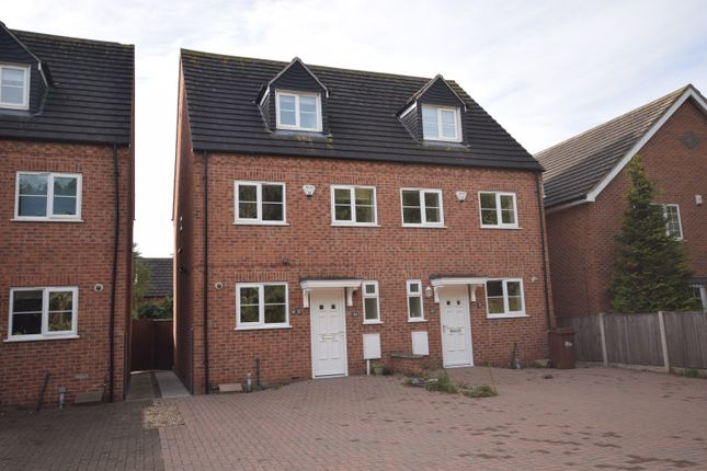 Thumbnail Mews house to rent in Wetmore Road, Burton-On-Trent