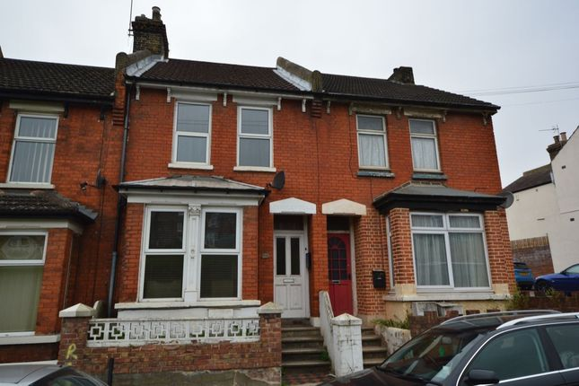 Thumbnail Room to rent in Cliffe Road, Strood, Rochester