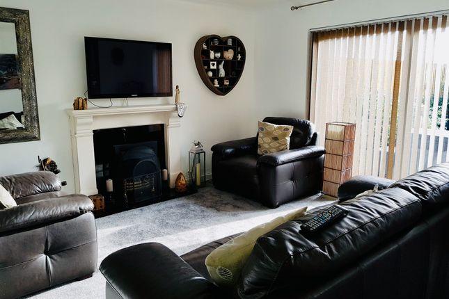 Lon Brynawel, Llansamlet, Swansea SA7