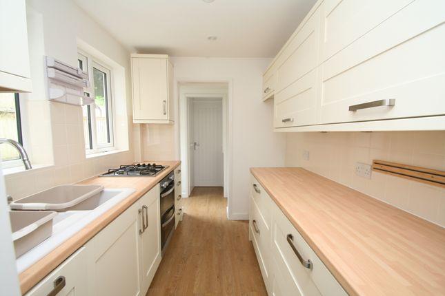 Thumbnail Cottage for sale in Fairglen Cottages, Fairglen Road, Wadhurst