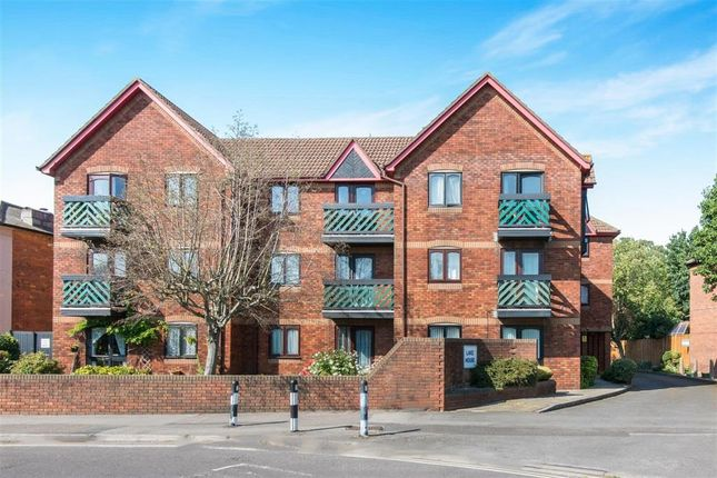 Thumbnail Flat to rent in Lake House, Paynes Road, Southampton, Hampshire