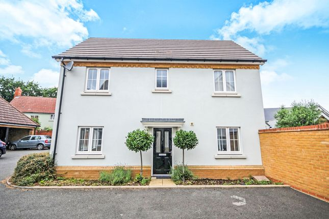 Thumbnail Detached house for sale in Hopwood View, Chelmsford