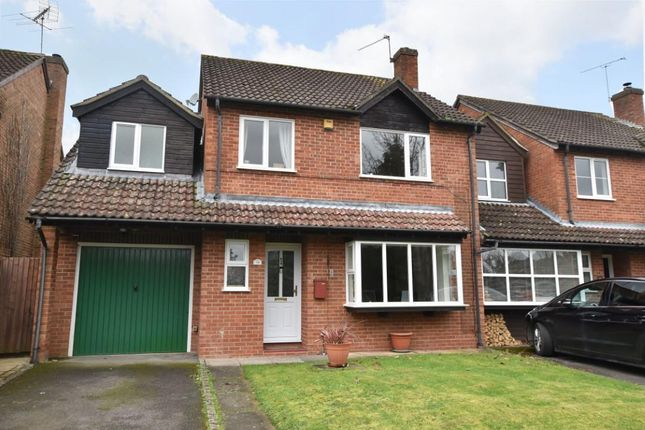 Thumbnail Detached house for sale in Tarragon Way, Burghfield Common, Reading