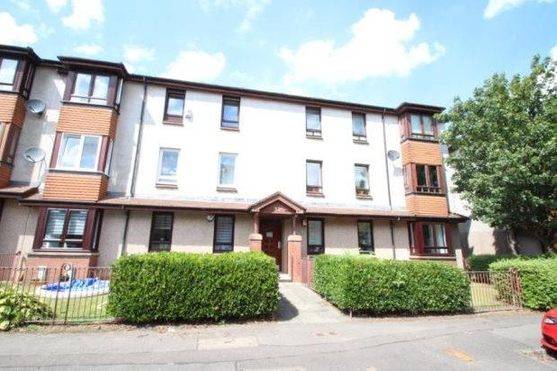 3 bed flat to rent in Elmvale Row, Glasgow G21