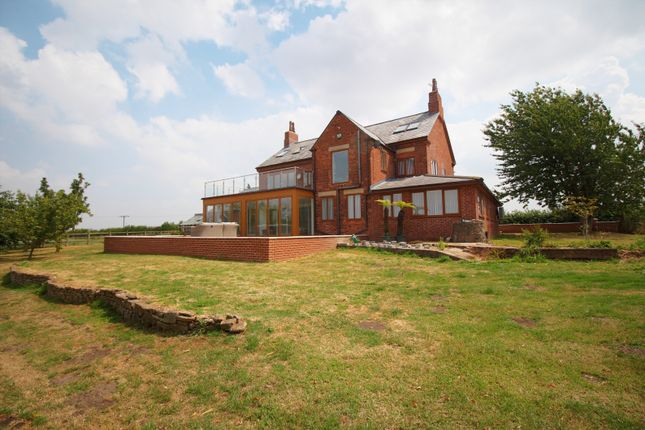 Thumbnail Detached house for sale in Ratcliffe Lane, Darfoulds, Worksop