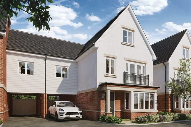 Thumbnail Flat for sale in Queens Acre, Wokingham