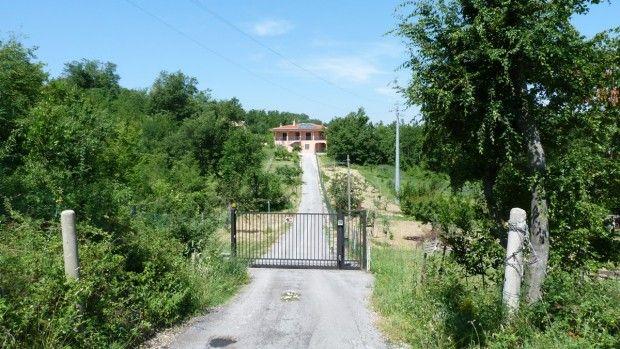 Thumbnail Villa for sale in Abbateggio, Pescara, Abruzzo