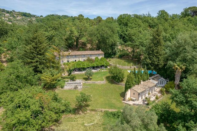 Thumbnail Town house for sale in Châteauneuf-Grasse, 06740, France