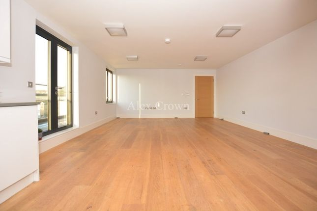 Thumbnail Flat to rent in Argo House, 180 Kilburn Park Road, Maida Vale