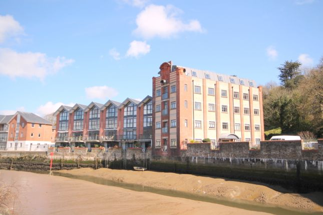 2 bed flat to rent in Malpas Road, Truro TR1