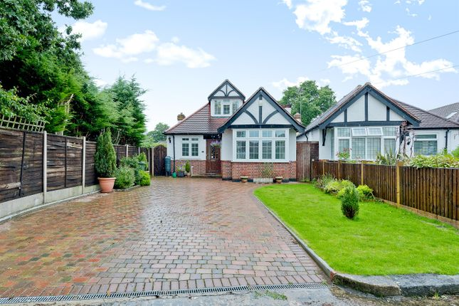 4 bed detached bungalow for sale in The Warren, Worcester Park