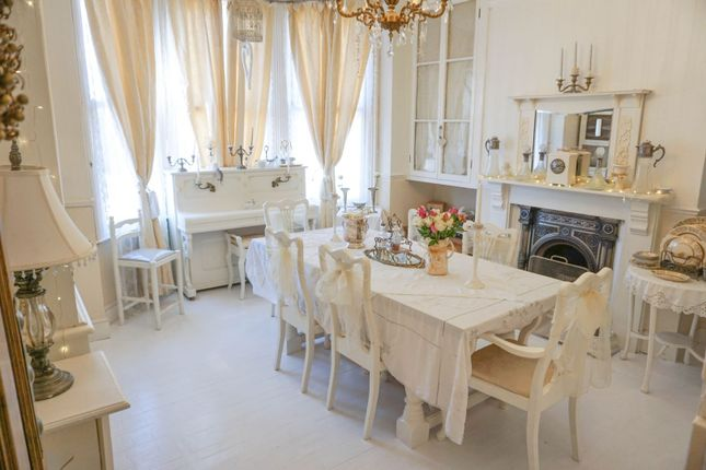 Dining Room of Wellingborough Road, Finedon NN9
