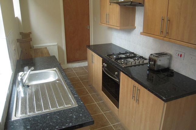 Thumbnail Terraced house to rent in Barclay Street, Leicester
