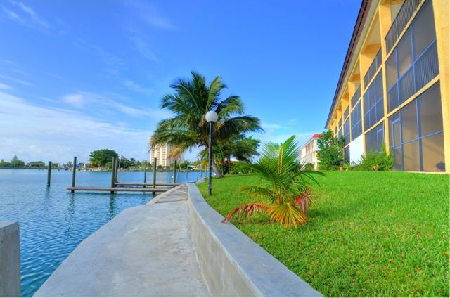 Apartment for sale in Bahamia, Grand Bahama, The Bahamas